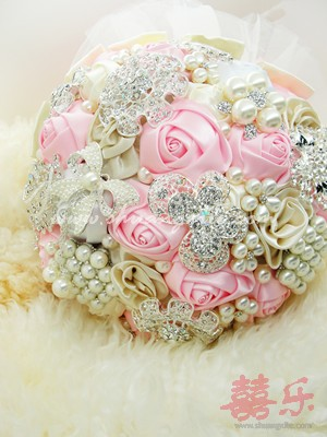 Blush Pink Ivory Vintage Jewellery Bouquet