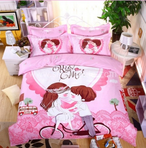 Kiss Me Bedding Set