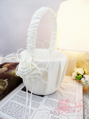 Elegance Flower Girl Basket (5 designs available!)