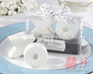 XO Salt & Pepper Shakers